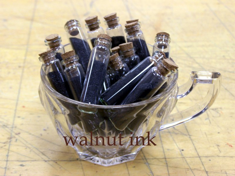 Walnut_ink_one